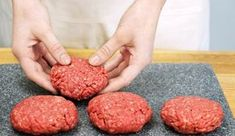 Whether beef, chicken, or turkey, homemade burgers make for a simple weeknight dinner or football-Sunday crowd favorite. Baked Hamburger Patties, Hamburger Recipes, Beef Recipes, Dog Food Recipes, Cooking Recipes, Oven Hamburgers, Homemade Hamburgers, Grilled Hamburgers, How To Cook Burgers