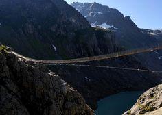 Neue Triftbruecke  I want to see this bridge, but I'm pretty sure I have no desire to walk across it