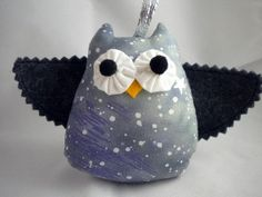 Felt Owl Ornament  Snowy by quiettimequiltsdc on Etsy, $20.00