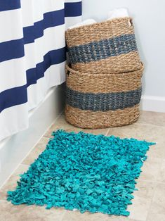 Easy-Sew and No-Sew Instructions for Making Rugs | DIY Home Decor and Decorating Ideas | DIY-mesh rug pad & knotted old t-shirts.