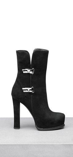 421cecc57e04 Ermanno Scervino. Women s BootsBootie ...