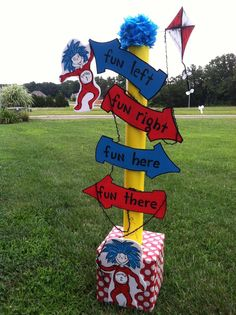 Dr. Seuss ~ Thing 1 and Thing 2 Directional sign! birthday yard sign diy