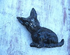 Old Chalkware Plaster Scottish Terrier Scottie Dog Figurine Statue - pinned by pin4etsy.com