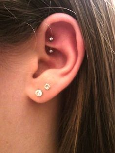 rook piercing!! it's so cool but it's supposed to hurt a lot :( this is how I…