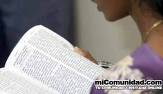 Mujer es apuñalada tras enseñar la Biblia en asilo