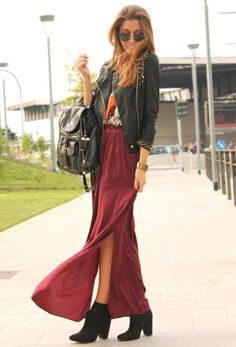 Maxi Skirt with a leather jacket and bag
