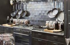 Juoda reikmenų organaizeriai išnyks virtuvėje - Patogus Namo