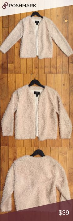 H&M fuzzy cream coat size 8 🔱‼️item was posted at lowest price I'll accept for a fast sale! Price firm‼️🔱 Good condition, as seen in pictures! Fast same or next day shipping!📨 fits like a small/medium! H&M Jackets & Coats