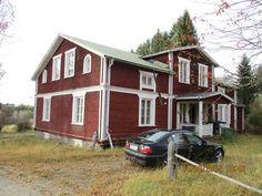 Kullerbackavägen 3, the old parsonage house