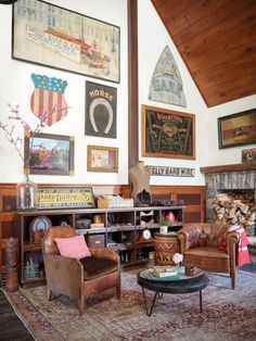 """Sheryl Crow's always on the hunt for old signage. """"We've gotten away from using our hands and expressing ourselves through art,"""" she says. """"I love that people at one time made their own advertising."""""""