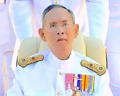 King Bhumibol & Queen Sirikit ***Whether it rains.. A sunny or flooding; In any weather ... The king and queen had not canceled plans to go out to relieve the suffering of the people.***   <3 LONG LIVE THE KING <3
