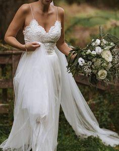 Country Style Wedding Dresses, Backyard Wedding Dresses, Outdoor Wedding Dress, Wedding Dresses With Straps, Formal Dresses For Weddings, Boho Wedding Dress, Casual Beach Weddings, Summer Beach Wedding Dresses, Casual Summer Wedding Attire