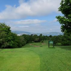 Visiting the home Golf Club of Rory Macllroy #golf #thegolfstagram #golfbroadcaster #meinschiff1 #whyilovethisgame #belfast #rorymcllroy #golftrip #