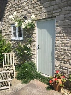 Farrow & Ball painted doors always look beautiful and we love this Dorset cottage door in Mizzle. Farrow Ball, Farrow And Ball Paint, Green Front Doors, Front Door Colors, Cottage Door, Cottage Exterior, Exterior Doors, Exterior Paint, Door Paint Colors