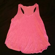 Super cute tank top This tank top is super comfy and soft, selling it because it no longer fits me. Maybe worn once or twice. Almost like new. 70% polyester 30% rayon. You can make an offer if the price is too high, and I can see what I can do :) :) Mudd Tops Tank Tops