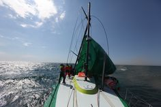 Leg 5 - Day 18 : Dismasting of Groupama 4 / Groupama in the Volvo Ocean Race