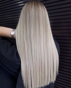 Long Platinum Blonde Hair Style lognhair straighthair ★ Explore tips on how to get straight hair. Our tips will work for short, medium, and long haircuts. Enhance the natural texture. Short Straight Hair, Straight Hairstyles, Easy Hairstyles, Medium Hairstyles, Natural Hairstyles, Long Blonde Hairstyles, Wedding Hairstyles, Natural Straight Hair, Layered Hairstyles
