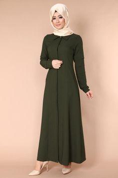 C.M.N - Kolları Nervülü Pardesü Ferace TUA8458 Haki (1) Warm Dresses, Modest Dresses, Elegant Dresses, Abaya Fashion, Fashion Dresses, Turkish Hijab Style, Moslem Fashion, Modele Hijab, Casual Work Outfits