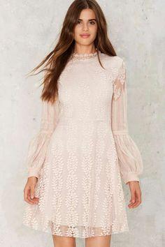 Balance the Scalloped Lace Dress