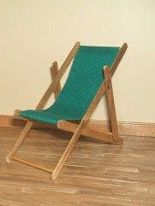 Tutorial for camping chair...wood coffee stirrers, toothpicks or skewers, fabric, and glue