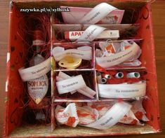 Diy Gift Box, Diy Gifts, Birthday Gifts For Teens, Happy Birthday, Gifts For Wedding Party, Toddler Crafts, Diy And Crafts, Birthdays, Presents