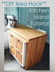 Un plan de travail qui se dédouble, avec des rangements sur roulettes - Ikea Hack – DIY Kitchen Island Tutorial