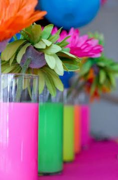 Dollar Tree vases filled with water and drops of neon acrylic paint…neon glow party idea Dollar Tree Flowers, Dollar Tree Vases, Glow Party, 80s Birthday Parties, 30th Birthday, Birthday Ideas, Girl Birthday, 80s Theme, Neon Glow