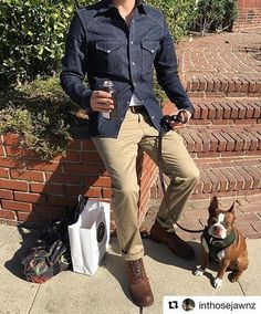 Khakis: a man's other best friend. Thanks for the pic, @inthosejawnz!