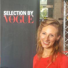 Vogue Fashion Night Out, Milano, Notte della Moda, Red Dress, Acconciatura, Red Carpet