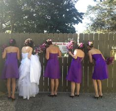 The girls taking a sneak peek of the wedding ceremony at Naples Zoo.  Photo by Naples Zoo's fabulous intern Kayla!