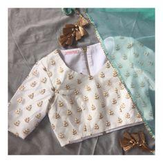 The Saba Blouse X Mint Kiran Sari Shop are latest added products on our website. Link in bio #southasianbride #desiwedding #fusionwedding #sexyblouse #sariblouse #whiteblouse #whiteandgold #croptop #desibridesmaids101 #desibridesmaids #bridalparty #pastelbridesmaids #pastelsari #pastelparty #pastel #vintagechic #desifashion #lengha #lehenga #coral #vintage #engagementbride #nikaah #desibride #sangeet #mehendibride #engagementphotoshoot #ootd #potd