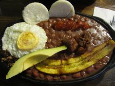 Typical Meal in Colombia: Bandeja Paisa