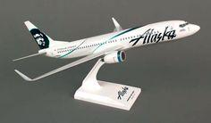 "Skymarks Alaska Airlines ""Employee Powered"" Boeing 737-800w 1/130 Plastic Model"