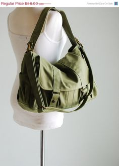 6e9ec71b6c22 17 Best Vintage Army Bags images in 2019