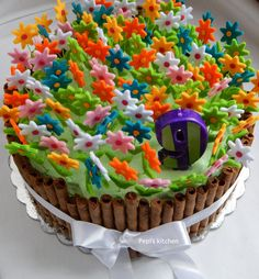 Spring Birthday Cake http://pepiskitcheninenglish.blogspot.gr/2015/03/spring-birthday-cake.html