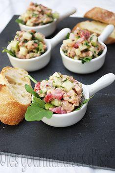 Les gourmandises d'Isa: TARTARE DE SAUMON À LA POMME VERTE ET AUX FRAISES