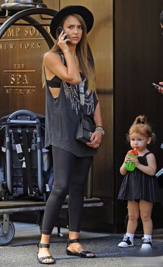 Mom goals with Jessica Alba in this oversized tank top and leggings