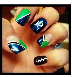 Super Bowl nail art —Seahawks design