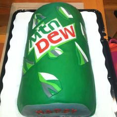 Mountain Dew Can cake