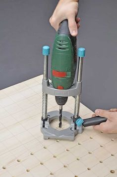 woodworking router parts woodworking table saw compact Woodworking Table Saw, Woodworking Hand Tools, Woodworking Projects That Sell, Router Woodworking, Wood Tools, Awesome Woodworking Ideas, Diy Workbench, Small Wood Projects, Metal Working Tools