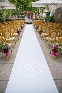 Outdoor al fresco wedding ceremony in Bryant Park: http://www.stylemepretty.com/2016/11/18/bryant-park-grill-wedding/ Photography: Craig Paulson - http://cpaulson.com/