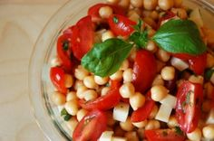 Chickpea and Tomato Salad ( i do not like chickpeas but my mother does) the presentation is beautiful
