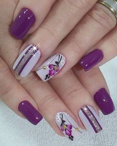 lavender nails — 30 Cool and Easy Halloween nail art designs for Women Flower Nail Designs, Flower Nail Art, Nail Designs Spring, Nail Art Designs, Nails Design, Nail Art Rose, Creative Nail Designs, Spring Design, Diy Flower