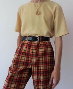 ropa Vintage Outfits That Make the Look the Coolest GALA Fashion Retro Outfits, Cute Casual Outfits, Mode Outfits, Grunge Outfits, Plaid Outfits, Outfits For Girls, 90s Style Outfits, 80s Inspired Outfits, Cute Vintage Outfits