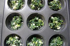 A mini spinach feta quiche that is crust-less and baked in a muffin tin. Great for breakfast, brunch, a light lunch, picnic or snack. Spinach Feta Quiche, Spinach Quiche Recipes, Keto Quiche, Veggie Quiche, Spinach Muffins, Frittata, Easy Pie Recipes, Savoury Recipes, Healthy Recipes