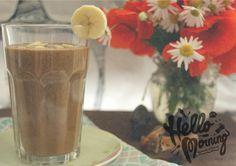 Zielone koktajle: espresso + daktyle + banan + mleko + chia + migdały + karob + kakao + olej