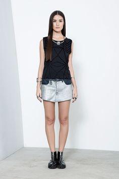 short saia jeans couro frente