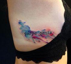"""carpe omnia"" artist Courtney at Blue & Black Tattoo"