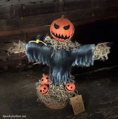 Spooky Pumpkin head Scarecrow Halloween doll! Extremely detailed.