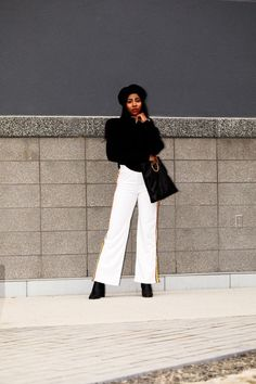 We are styling trendy pieces again. One of 2017 biggest trends, the white jogger pants! Find out how you can style it and shop my picks.  Find more street style, Parisienne fashion inspiration on www.thelotuspure.com      @auneetuh